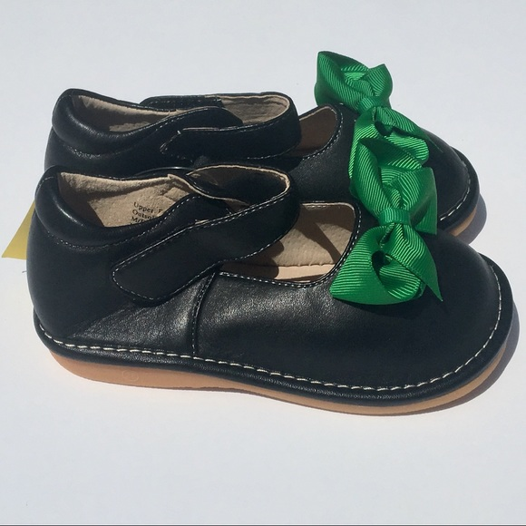 e5e1209a9e 57% off Laniecakes Shoes New Add A Bow Squeaky Mary Jane